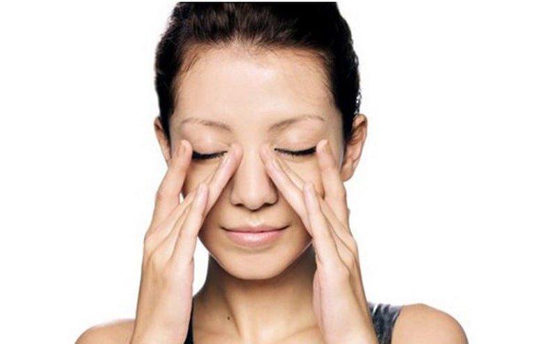 Cách massage trị viêm xoang